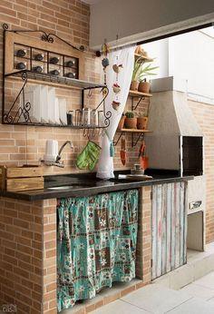 Reforma transforma lavanderia e quartinho em área de lazer - Casa Relaxing Outdoor Kitchen Ideas for Happy Cooking & Lively Party Rustic Kitchen, Country Kitchen, Kitchen Decor, Dirty Kitchen, Kitchen Sink, Kitchen Ideas, Interior And Exterior, Interior Design, Decoration Inspiration