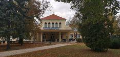 Reštaurácia ŽiWell v Kursalone v Piešťanoch - salkakavy. Home Fashion, Mansions, House Styles, Home Decor, Decoration Home, Manor Houses, Room Decor, Villas, Mansion