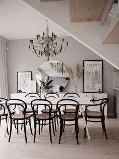 En modern dröm hemma hos Emma Melin – Happy Homes Dining Room Design, Modern Interior Design, Interior Design Living Room, Living Room Grey, Scandinavian Home, Room Decor Bedroom, Home Decor, Vsco, Future