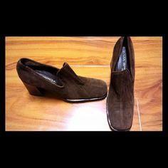 Via Spiga Shoes❤️ Brown suede stacked heel; gently worn Via Spiga Shoes