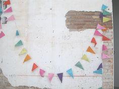 rainbow bunting :: soqqua*drerie