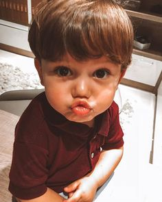 Cute Little Baby, Lil Baby, Little Babies, Baby Love, Little Ones, Baby Kids, Cute Asian Babies, Cute Babies, Cute Baby Pictures