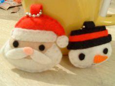 Llaveros Santa y hombre de nieve.