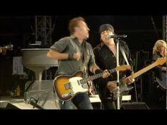 Bruce Springsteen - London Calling __ Live in Hyde Park 2009 .mpg