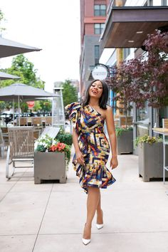 Modernized Ankara Dress For Wedding wedding guest outfit guest outfit yellow Short Ankara Dresses, Ankara Dress Styles, African Dresses For Women, African Print Dresses, African Attire, Ankara Gowns, African Inspired Fashion, Latest African Fashion Dresses, African Print Fashion