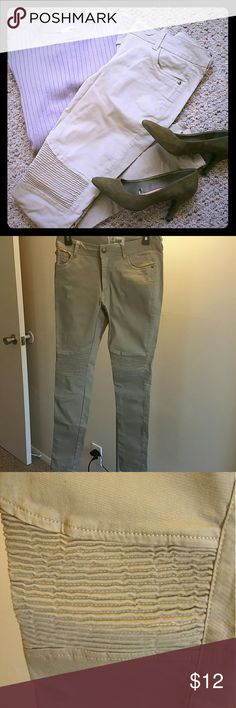 Moto Skinny Khakis Casual skinny moto style khakis. Condition: Barely worn. Small stain below left knee - on shin, price reflects. Brand: Soho Babe. Pants Skinny