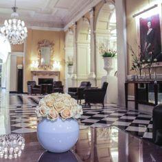 A wonderful @claridgeshotel welcome #McQueens #flowers #florist #londonflorist #londonflowers #claridgeshotel #mayfair by mcqueensflowers