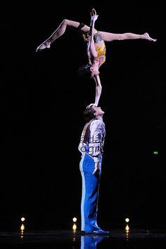 Corteo Circus Aesthetic, Acrobatic Gymnastics, Circus Performers, Circus Art, Aerial Arts, Dance Movement, Clowns, Stunts, Concerts