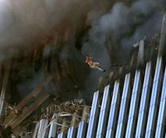 70 Powerful Images From September 11, 2001 - Eye Opening Info | Eye Opening Info
