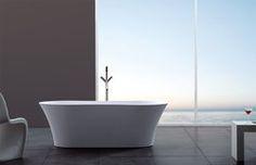 """Catia Luxury Modern Bathtub 65"""""""