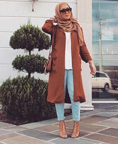 Cute Outfit Hijabi Heels Jeans Purse Hand Bag Hijab Sunglasses