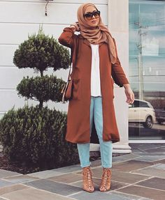 Cute Outfit Hijabi Heels Jeans Purse Hand Bag Hijab Sunglasses