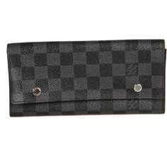 Pre-owned Louis Vuitton Wallet ($1,146) ❤ liked on Polyvore featuring bags, wallets, apparel & accessories, handbags, wallets & cases, wallets & money clips, drum hardware bag, hardware bag, pre owned bags and shoulder bags