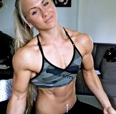 Sarah Backman; some serious shoulders and biceps.