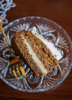 Ciasto marchewkowe z kremem jaglano-orzechowym