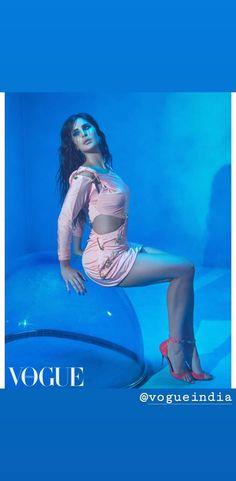 Bollywood Theme, Bollywood Actors, Indian Actress Hot Pics, Indian Actresses, Katrina Kaif Body, Glamour Ladies, Indian Celebrities, India Beauty, Beautiful Legs