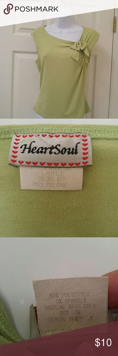 Ladies Large green top Cute top with bow by Heart Soul Heart Soul Tops Blouses