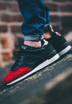 """Dying of Thirst. — unstablefragments: New Balance 670 """"Red Devil"""". Sport Fashion, Look Fashion, Fashion Shoes, Mens Fashion, Nb Sneakers, New Balance Sneakers, Reebok, Me Too Shoes, Men's Shoes"""
