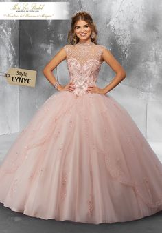 Quinceanera dress - The biggest element of the quinceanera for a girl turning fifteen would be the dress! The most perfect quinceanera gown makes the birthday girl feel like royalty. Xv Dresses, Quince Dresses, Ball Dresses, Fashion Dresses, Girls Dresses, Prom Dresses, Wedding Dresses, Dress Prom, The Dress