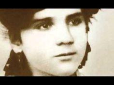 """Do programa """"Ler +, Ler Melhor"""" da RTP2 sobre a vida e a obra de Florbela Espanca. Documentário."""