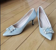 Gorgeous Heels, Kitten Heels, Pumps, Shoes, Fashion, Moda, Zapatos, Shoes Outlet, Fashion Styles