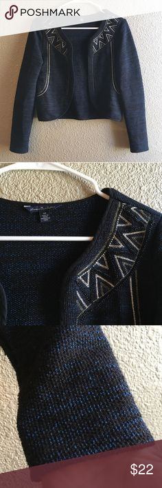 AEO Open Cardigan Navy and Black Embellished Adorableeee American Eagle open Cardigan in navy and black. Has details on front and long sleeves. EUC 💕 American Eagle Outfitters Sweaters Cardigans