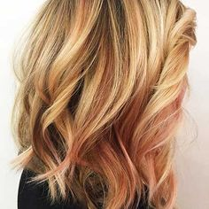 Styles of Short to Medium Hairstyle 2017.Short to Medium Hairstyle for Thick Hair.Short to Medium Wavy Hair. Related PostsCut Short hairstyles for women to tryChic short easy hair for beautiful womenThick wavy short blonde hair with side bangsWavy short to mid length fine bob hairPretty medium length hairstyles round faceBob short dark hair for roun …