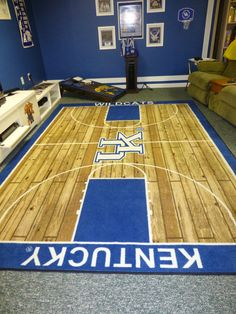 46 Sports Man Caves to be Boss at Game Night - The Handy Guy Creating the perfect Sports Man Cave includes adding modern Work Benches for entertaining. A place where you build the room around the beer and potato chips Man Cave Room, Man Cave Home Bar, Girl Room, Room Boys, Kid Rooms, Kentucky Sports, Kentucky Basketball, Wildcats Basketball