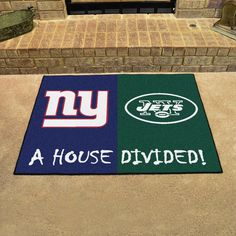 "NFL New York Giants/New York Jets House Divided Rug 33.75""x42.5"""