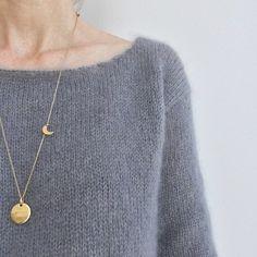 Tuto Le Pull Romy ☆ - Breaking the wool Sweater Knitting Patterns, Easy Knitting, Knit Patterns, Arrow Necklace, Pendant Necklace, Couture Sewing, Sweater Design, Autumn Fashion, Wool