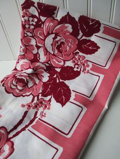 vintage tablecloths | Vintage Mauve Burgundy Floral Retro Tablecloth by jenscloset, etsy