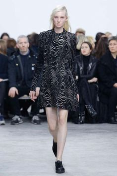Like a magnetized black an white image of the Earth's crust, this print makes a simple fullish dress a phenomenal investment for Fall.  Proenza Schouler Fall 2014 Ready-to-Wear Collection Slideshow on Style.com