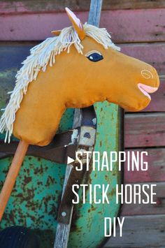 Free pdf pattern and tutorial mad mim stick horse tutorial Strapping Stick Horse DIY Sewing Toys, Sewing Crafts, Fabric Crafts, Sewing Projects, Sewing For Kids, Diy For Kids, Stick Horses, Horse Pattern, Horse Crafts