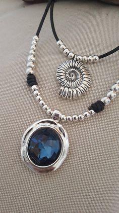 b584d2a51b11 doble collar de cuero redondo colgante de plata de cristal Collar Corto
