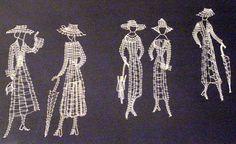 Femmes à chapeau, lace nobbin Hairpin Lace Crochet, Crochet Motif, Crochet Edgings, Crochet Shawl, Bobbin Lace Patterns, Bead Loom Patterns, Lace Earrings, Lace Jewelry, Machine Embroidery Designs