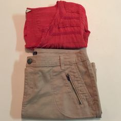Gap Khaki Mini Skirt Super cute khaki mini skirt by Gap. Six pockets. Excellent condition. GAP Skirts Mini