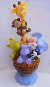 Enfeite de Porta - Arca de Noé com Noé - Bichinhos e Macaquinho no Pescoço da Girafa