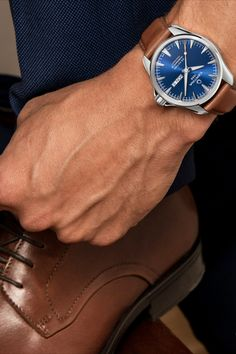 Certina DS Action Day-Date Powermatic 80 Herrenuhr Automatik nur Men's Watches, Cool Watches, Watches For Men, Ring Der O, Tom Holland, Toms, Boyfriend, Action, Model