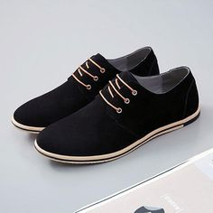 Men shoes 2018 new fashion breathable high quality flock cozy men casual shoes Lace-up mixed color oxfords shoes zapatos hombre Oxford Shoes Outfit, Men's Shoes, Dress Shoes, Dress Clothes, Shoes Men, Nike Heels, Mens Casual Leather Shoes, Casual Shoes, Men Casual