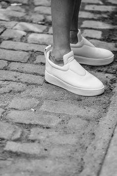 4e3ca6fcd9f5c Celine Sneakers via W O L F △ W O L F Sneaker Bianche