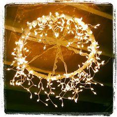Transform a dollar-store hula hoop into a stunning chandelier. Sarah with an H: Hula Hoop Chandelier Hula Hoop Light, Hula Hoop Chandelier, Diy Chandelier, Outdoor Chandelier, Chandeliers, Homemade Chandelier, Decorative Chandelier, Decoration Christmas, Christmas Lights