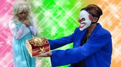 Joker stolen necklaces Frozen Elsa Spiderman vs princess Anna vs Batmen ...