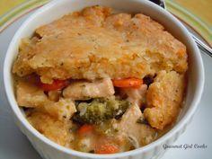 Gourmet Girl Cooks: Chicken Pot Pie w/ Cheddar Herb Crust -- wheat-free/gluten-free -- this is not your Grandma's chicken pot pie -- it's BETTER!