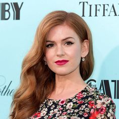 Date-Night Makeup Idea: Steal Isla Fisher's Irresistable Bold Lips and Sweet Cat-Eye Look.