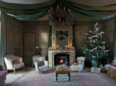French Sampler: Christmas Decor