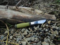 Outdoor Life, Knives, Cool Photos, Knifes, Outdoor Living, Knife Making, Bushcraft
