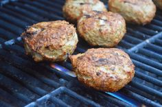 lemon butter love: Turkey Burgers with Ginger & Soy Sauce