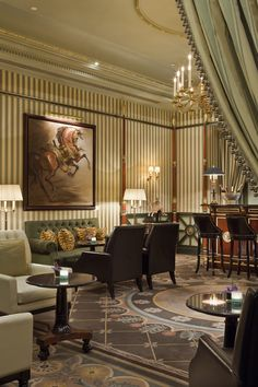 Le Bar - Shangri-La Hotel, Paris