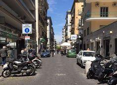 Napoli, un platano rischia di crollare a terra: chiusa Via Merliani | Report Campania