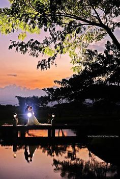 Amazing Photos of Couples by Prime Studio PH  #weddings #couples #lovers #kiss #lake #sunset #PrimeStudioPH